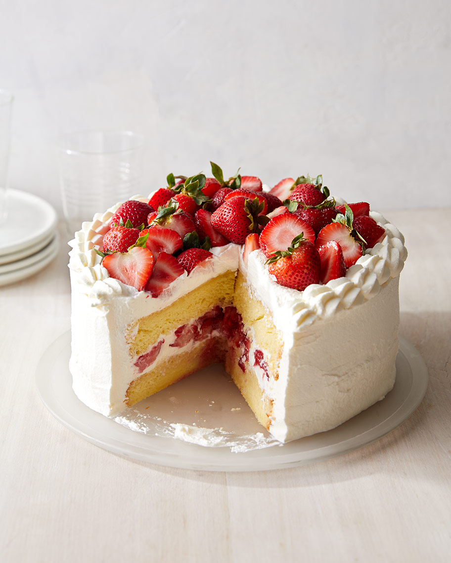 Kristin Teig Photography | Chiffon Cake with Strawberries