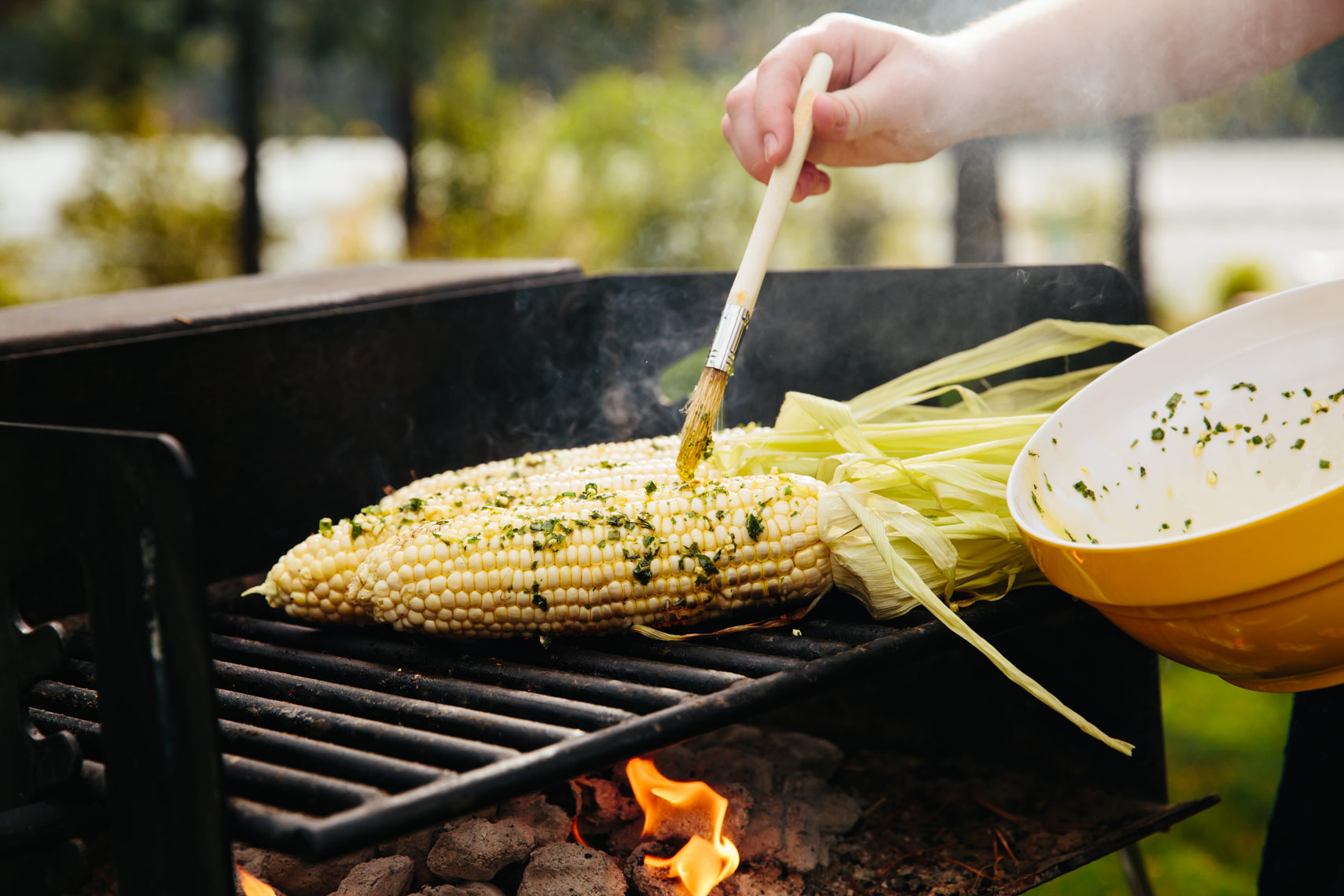 Grilled corn on the cob - Kristin Teig