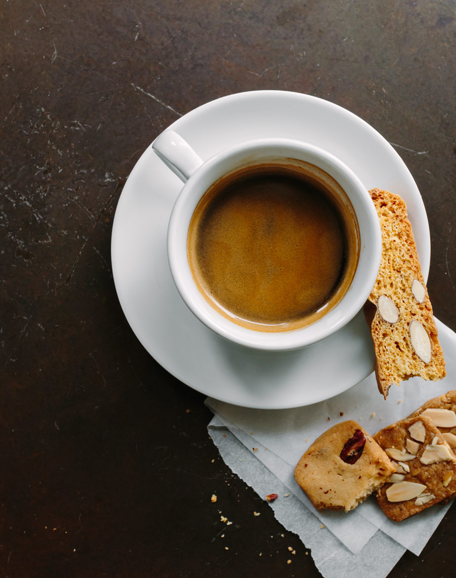 Kristin Teig Photography | Coffee and Biscotti at Tatte Bakery, Boston