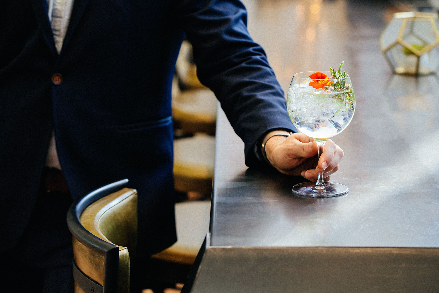 Kristin Teig Photography | Bar Scene from Kimpton Palm Springs
